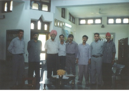 Paash's father Major Sohan Singh Sandhu with UJALA correspondents